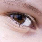 Undgå tørre øjne ved brug at kontaktlinser