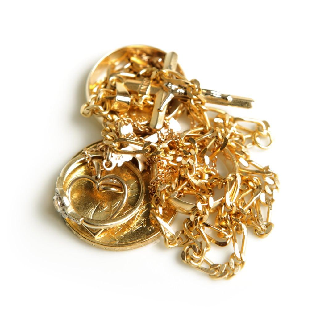 rengøring af guldsmykker