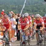 Post Danmark Rundt med Cykelhjelm