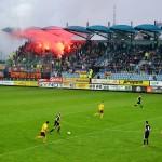 Fodboldrejser og fans.